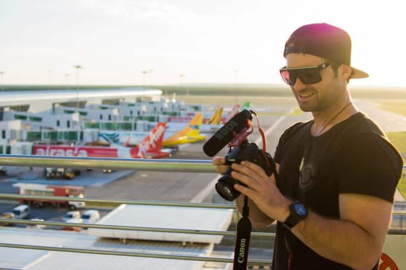 The Perfect Travel Camera Canon 700d