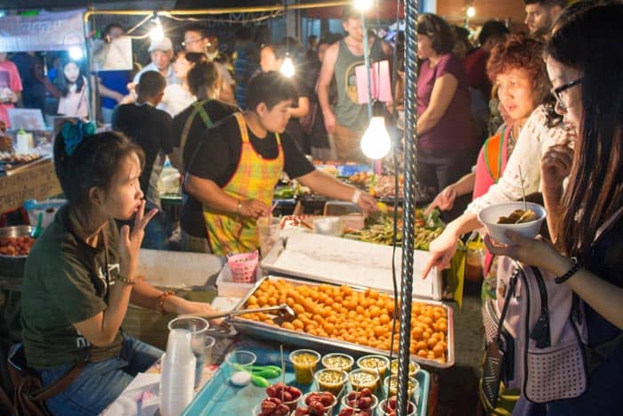 Saturday walking street Chiang Mai food2