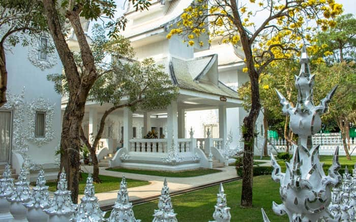 Chiang Rai things to do - White Temple